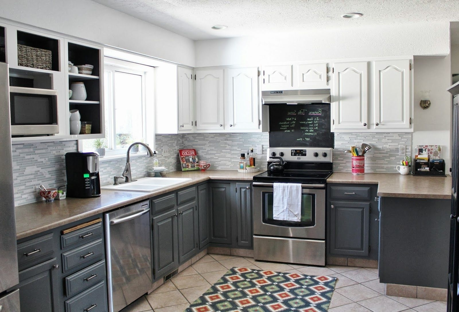 Simple Two Tone Kitchen Cabinets Fad 3 Design Kitchen World