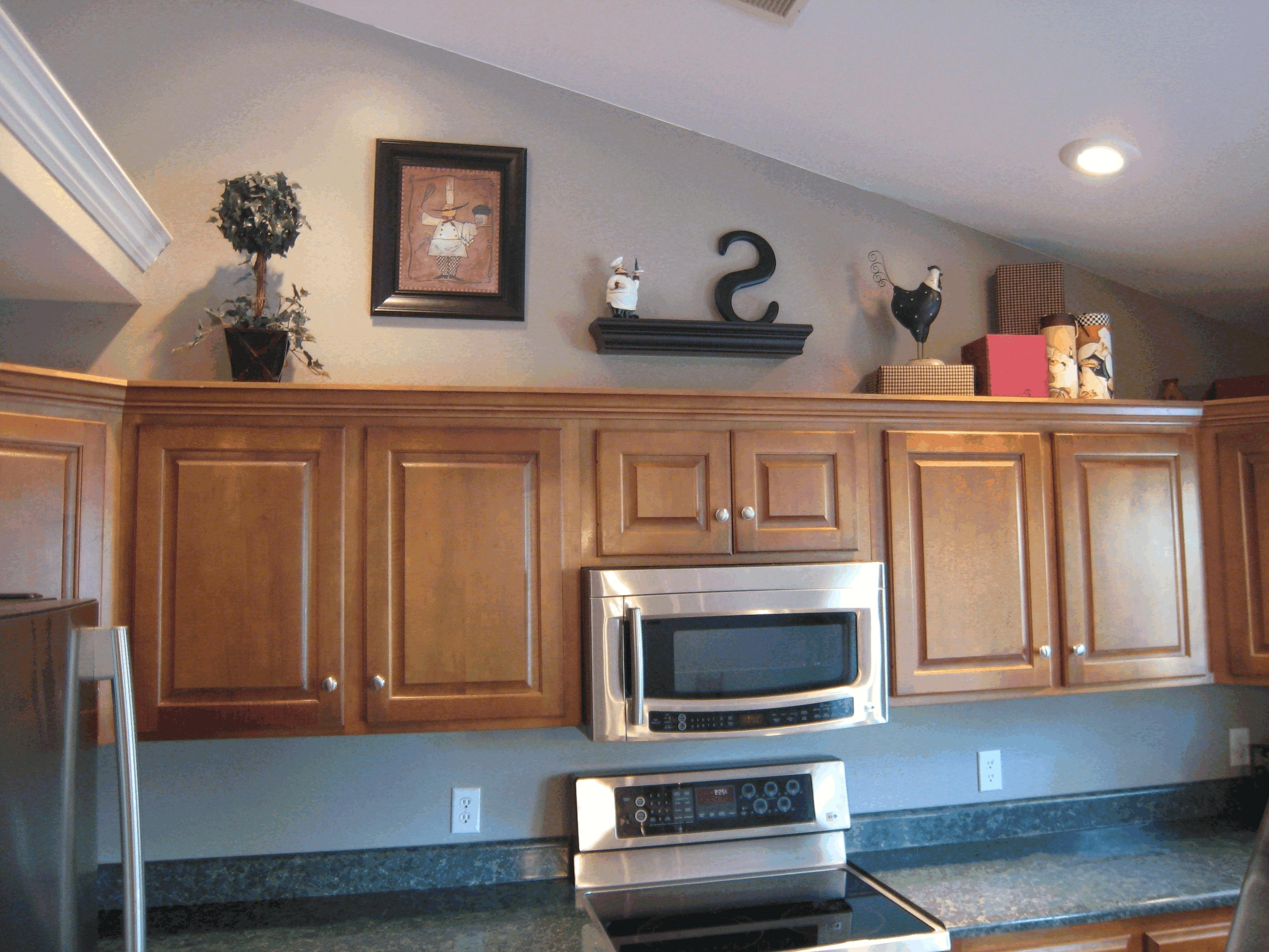 Decorating Ideas for Greenery above Kitchen Cabinets — 3 ...